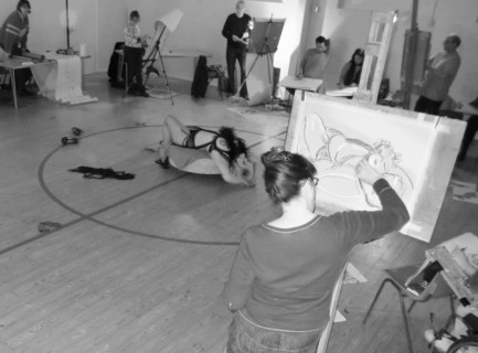 Burlesque Meets Buckinghamshire Life Drawing Workshop!